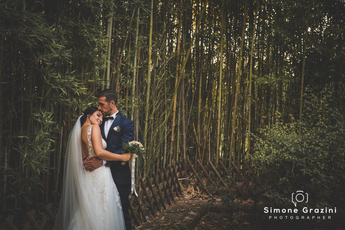 foto matrimonio abbraccio